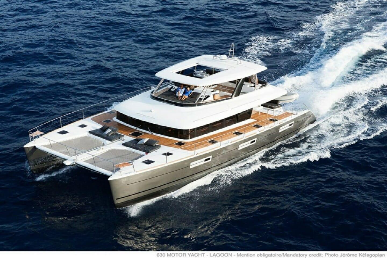 Cabo Yacht Lagoon Catamaran 630MY