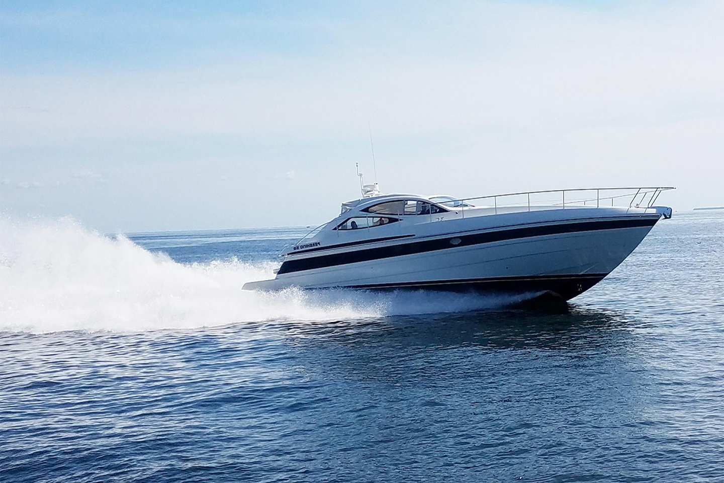 Cabo Yacht Pershing 55
